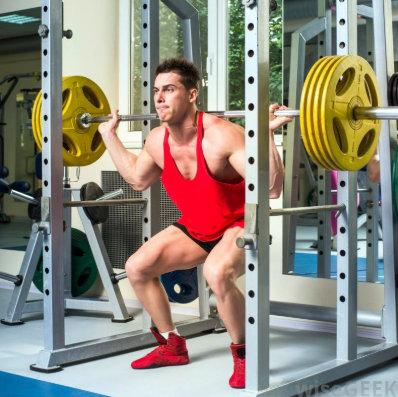 ejercicios para ganar volumen muscular en el gimnasio