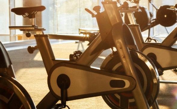 mantenimiento de una bicicleta estática